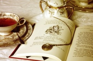 cropped-tea-and-books-2